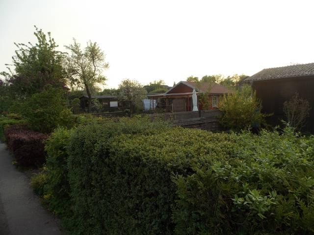 Kleingartenanlage viele Häuschen