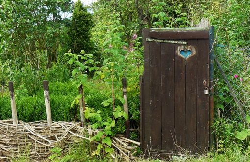 garden-gate-340626_640