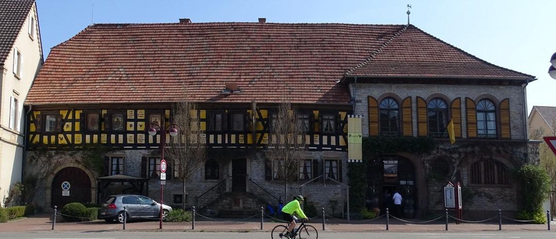 SG #184: Das Gasthaus und die Gaststätte